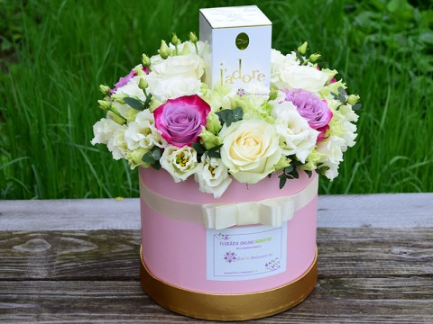 Trandafiri cu parfum de J'Adore