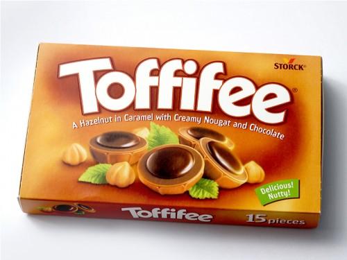 Bomboane de Ciocolata Toffifee ( 400 gr )